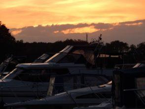 Yachthafen Mildenberg am Abend