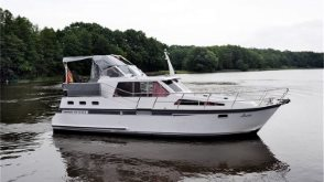 MV Hausboot Luise - Success 108 Ultra