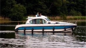 MV Hausboot Müritzsee - Nicols Estivale Quattro
